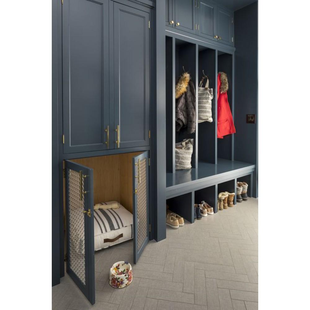Система хранения для одежды в коридоре